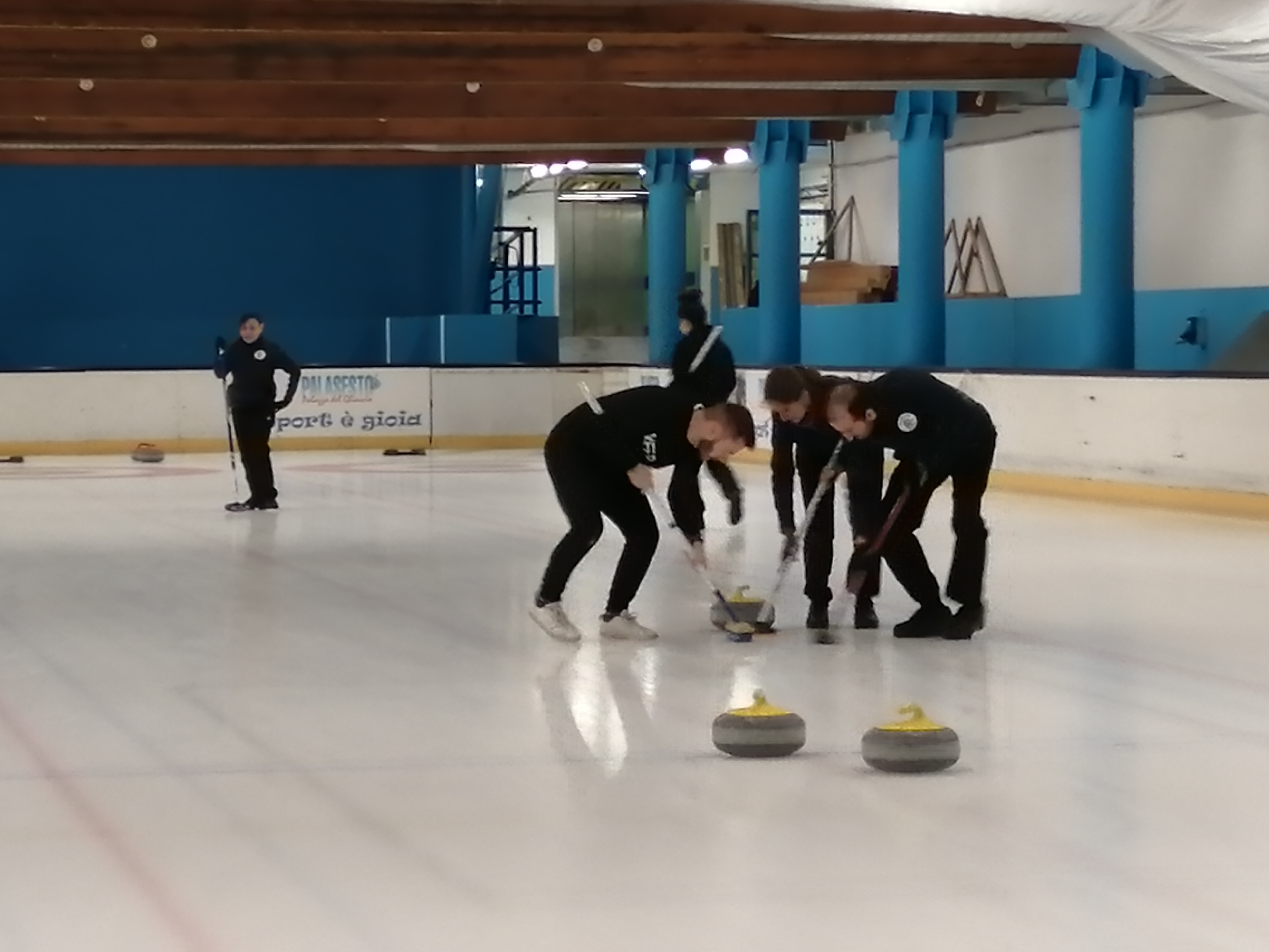 Stone Cold Crazy vs Gnu Curlers 7-3